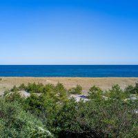 Low-Beach