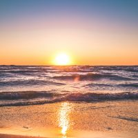 beach-clear-sky-dawn-1032650